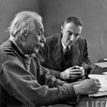 Robert Oppenheimer com Albert Einstein